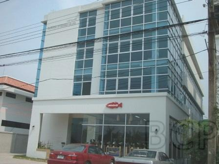 4 story building on Ramkhamhaeng 187 for Rent/Sale รูปที่ 1