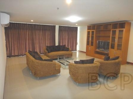 Baan Prompong: 3 BR + 3 Baths, 194 Sq.m, 6th fl for Rent รูปที่ 1
