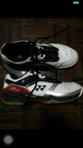 รองเท้าตีแบค yonex