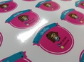 พิมพ์ฉลากสินค้า พิมพ์สติ๊กเกอร์กันน้ำ ฉลากติดขวดพลาสติก ฉลากรูปกล้วย ป้ายขนม สติ๊กเกอร์ติดแก้ว พิมพ์สติ๊กเกอร์พีวีซี