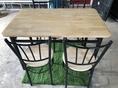 ขาย โต๊ะกินข้าว โต๊ะไม้โครงเหล็ก พร้อมเก้าอี้ มือสอง